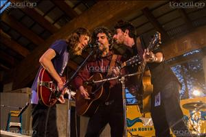 Le trio Hayden a offert une belle performance au festival Folk on the Rocks (Photo : Nicolas Servel)
